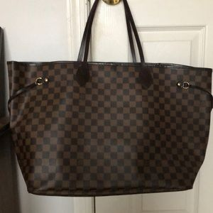 Authentic Louis Vuitton Never Full GM